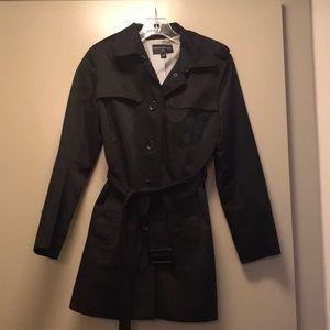 BANANA REPUBLIC Petite Rain Coat